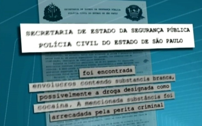 8.mar.2013 - No boletim de ocorr&#234;ncia os policias relataram que a subst&#226;ncia &#233; provavelmente coca&#237;na
