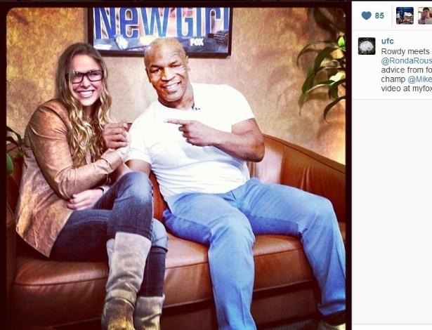 Ronda Rousey ao lado de Mike Tyson