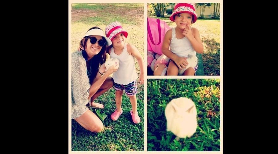 """9.mar.2013 - Ticiane Pinheiro presenteou a filha, Rafaella Justus, com um coelho de estimação. """"Nova integrante da família"""", escreveu a apresentadora"""