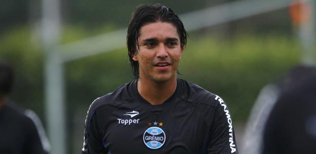 Marcelo Moreno deixou o Grêmio após problemas na equipe gaúcha e fechou com o Fla