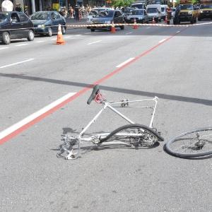 O ciclista perdeu um dos braços após ser atingido por um motorista na avenida Paulista