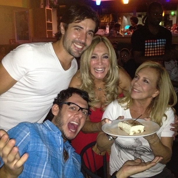 10.mar.2013 - Susana Vieira publica foto comemorando o aniversário do namorado