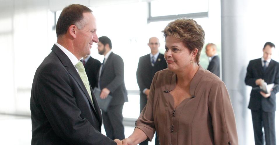 11.mar.2013 - A presidente Dilma Rousseff (PT) recebe no Palácio do Planalto o primeiro-ministro da Nova Zelândia, John Key, nesta segunda-feira (11)