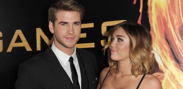 Miley Cyrus e o ator Liam Hemsworth estavam noivos