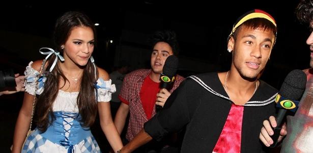 Bruna Marquezine e o atacante Neymar estão juntos desde outubro do ano passado