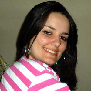 A professora Simone Lima tinha 27 anos quando foi assassinada