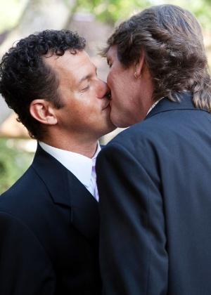 O casamento civil entre homossexuais garante benefícios como direito à herança