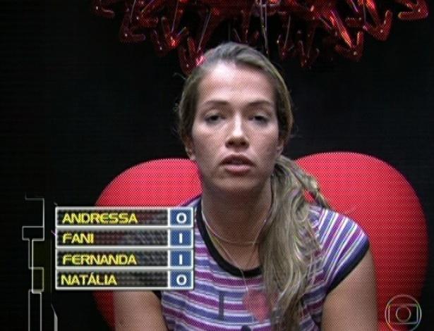 15.mar.2013 - Fani votou na Andressa.