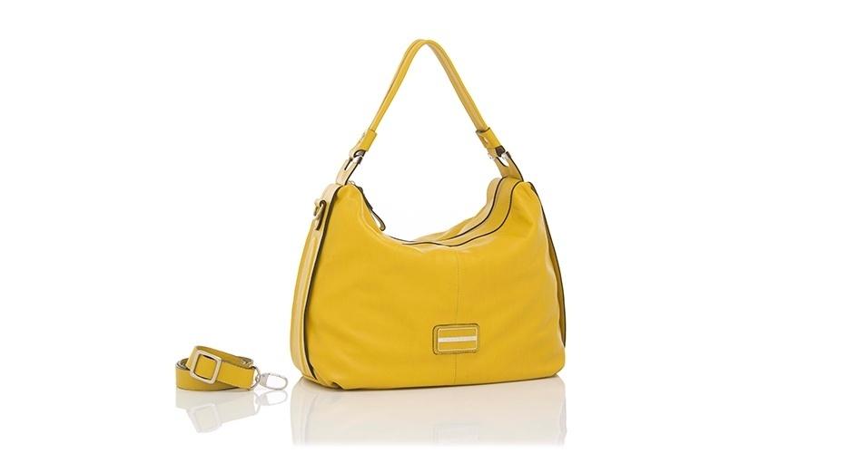 Bolsa amarela com alça removível; R$ 616,80, na Smartbag (www.smartbag.com.br). Preço pesquisado em março de 2013 e sujeito a alterações