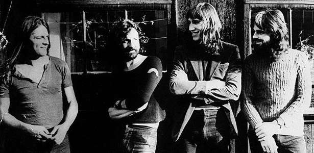 Formação clássica do Pink Floyd, com David Gilmour, Nick Mason, Roger Waters e Richard Wright.