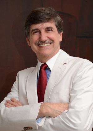 Arquiteto e urbanista brasileiro Fausto Longo, 60, eleito com cerca de 30 mil votos