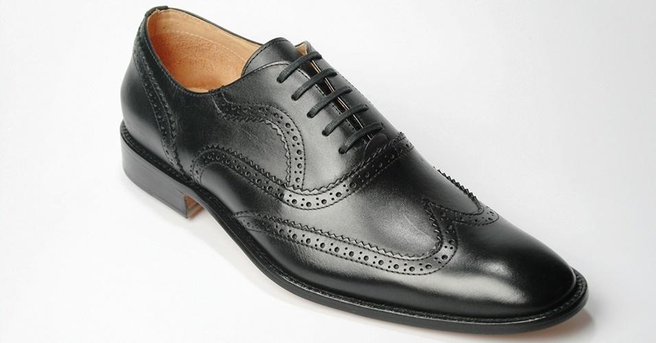 Sapato em couro de cabra estilo brogue; R$ 219, na Dom Shoes (Tel.: 11 2268-1226). Preço pesquisado em março de 2013 e sujeito a alteração