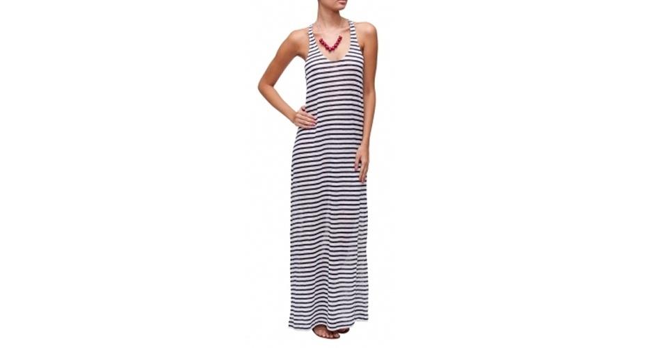 Vestido longo listrado em preto e branco; R$ 375,31, na The Boutique (www.theboutique.com.br). Preço pesquisado em março de 2013 e sujeito a alterações