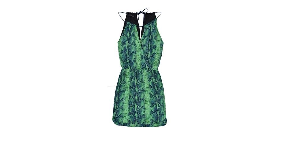 Vestido verde com estampa em azul; R$ 239, na Dress To (www.dressto.com.br). Preço pesquisado em março de 2013 e sujeito a alterações