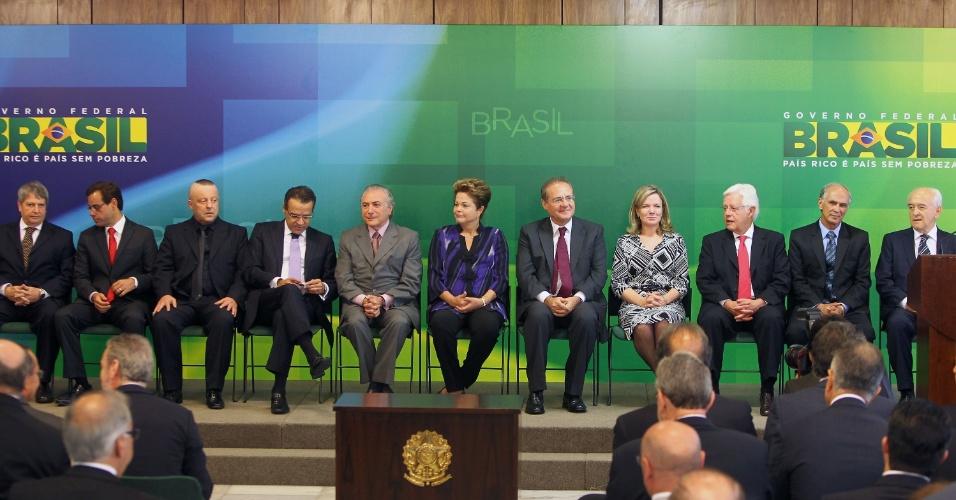 16.mar.2013 - Posse dos novos ministros de Dilma no Palácio do Planalto, em Brasília