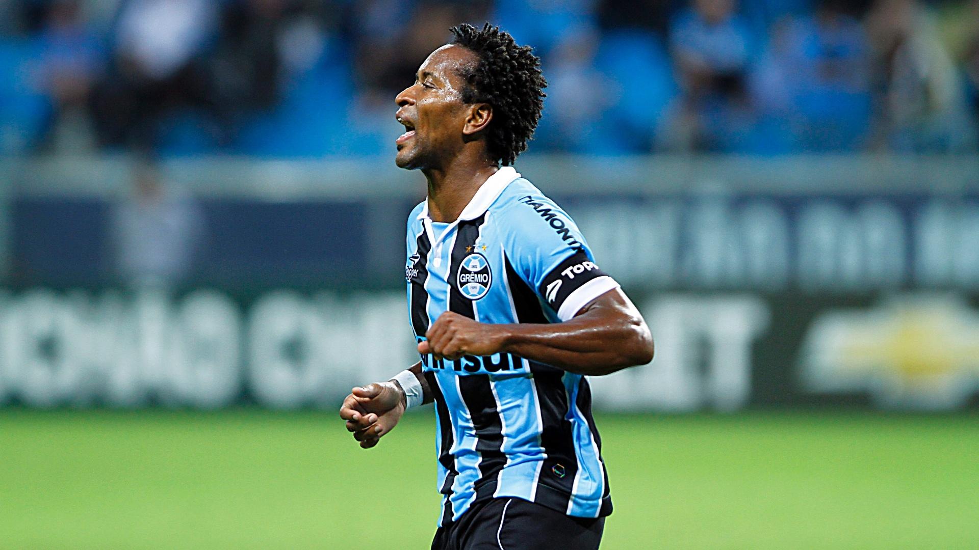 Zé Roberto marcou gol do Grêmio contra Lajeadense pela Taça Farroupilha na Arena do Grêmio