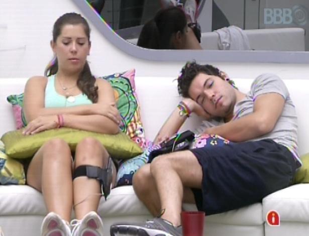 17.mar.2013 - Andressa e Nasser aguardam o início da prova deste domingo