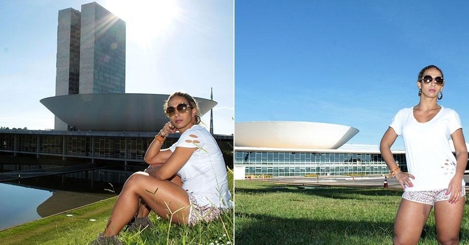 17.mar.2013 - Valeska Popozuda protesta contra a eleição de presidente da comissão de Direitos Humanos em frente ao Palácio do Congresso Nacional, em Brasília