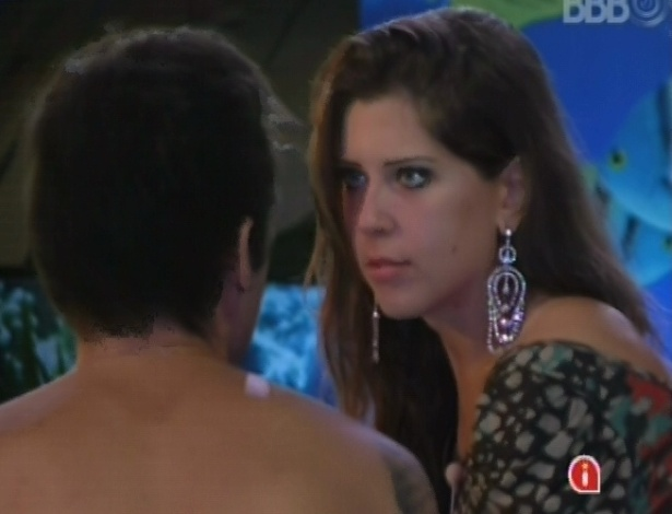 Andressa discute com Nasser por ciume de Natlia 