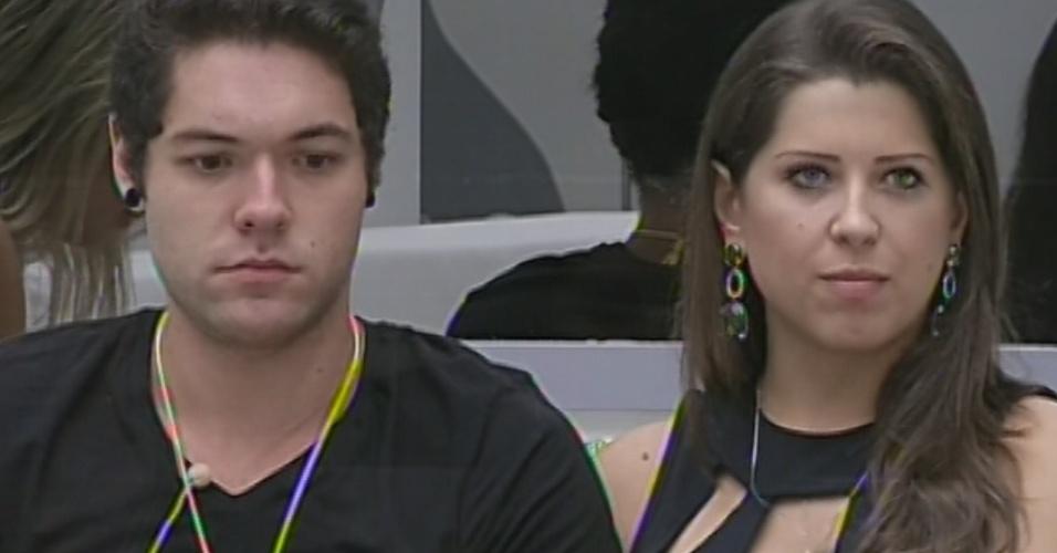 18.mar. 2013 - Andressa diz em conversa com Bial que já resolveu todos os probelmas relacionados a ela na casa