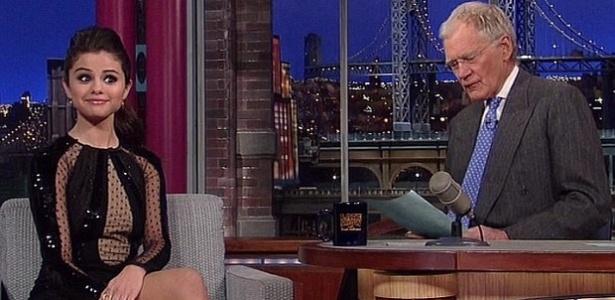 18.mar.2013 - Selena Gomez é entrevistada por David Letterman
