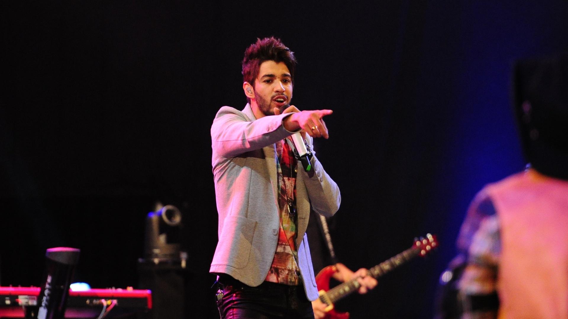 26.jan.2013 - Gusttavo Lima foi o primeiro de uma lista de cantores e duplas sertanejas a se apresentarem no