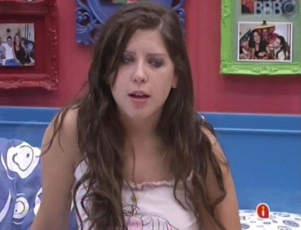 21.mar.2013 - Andressa canta música de Fernando & Sorocaba para Fernanda