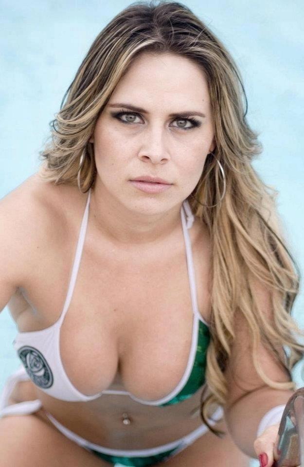 Aline Silva vai representar o Palmeiras no Belas da Torcida 2013