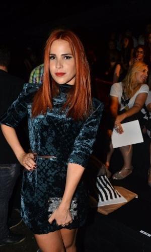 22.mar.2013 - Ruiva, Wanessa prestigiou o quarto dia de desfiles da São Paulo Fashion Week Verão 2014 que acontece na Bienal, em São Paulo