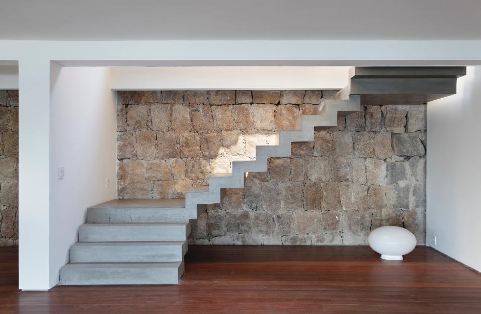 Pin escadas concreto casas blocos dicas para decorar on - Reformar una casa antigua ...