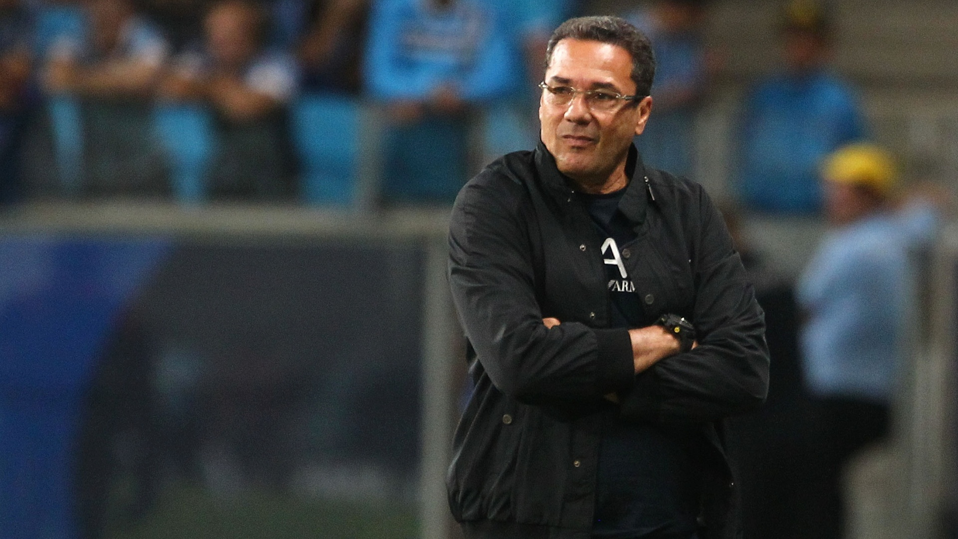 Vanderlei Luxemburgo se preocupa com desgaste de jogadores do Grmio no Gaucho