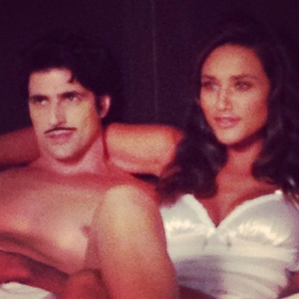 24.mar.2013 - Reynaldo Gianecchini e Débora Nascimento posam juntos em ensaio fotográfico que será publicado em abril