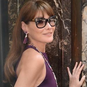 Carla Bruni deve voltar ao mundo da moda em campanha da Bulgari