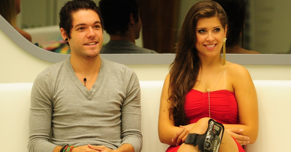 24.mar.2013 - Com vaga garantida na final, o casal Nasser e Andressa aguarda pelo resultado do ltimo paredo do 