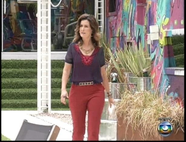 26.mar.2013 - Fátima Bernardes visita a mansão do