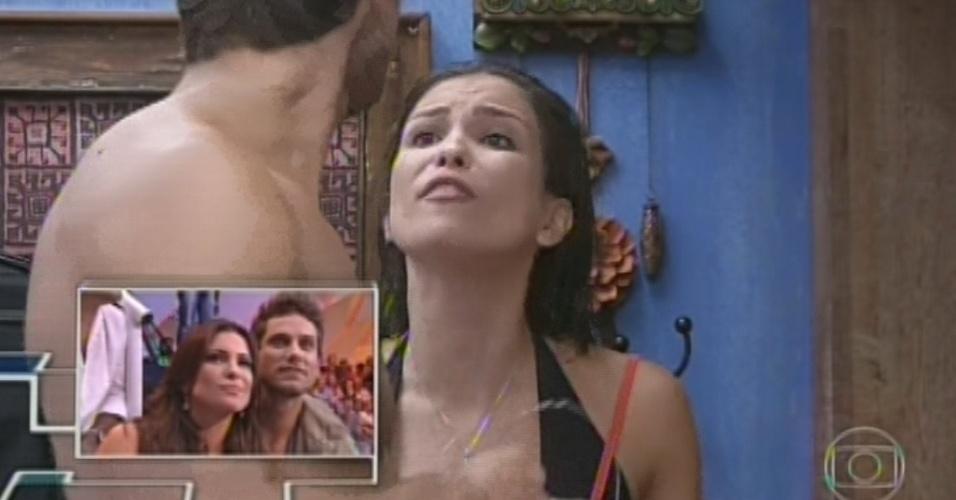 26.mar.2013 - Kamilla e Eliéser veem seus beijos e brigas em um VT especial dedicado aos casais do programa