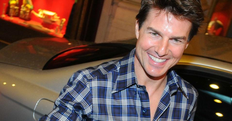 """26.mar.2013 - O ator Tom Cruise está em Buenos Aires, na Argentina, para divulgar seu novo filme """"Oblivion"""""""