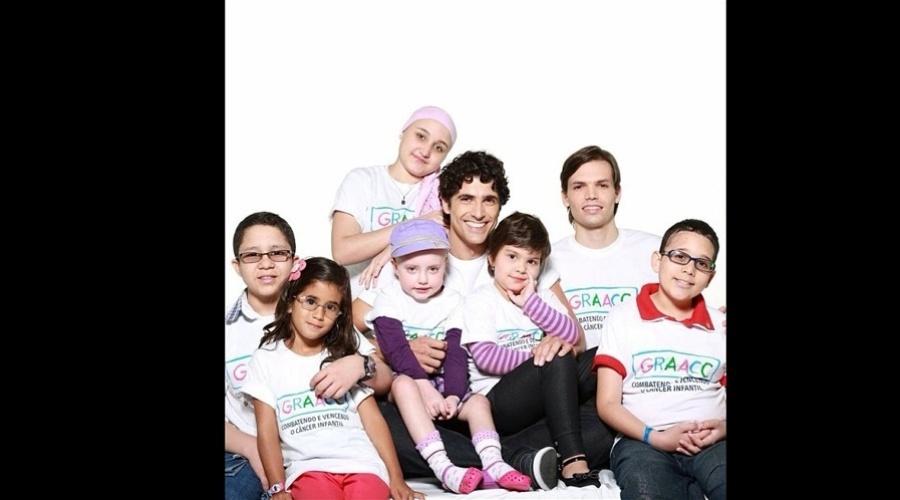 26.mar.2013 - Reynaldo Gianecchini posou para campanha do GRAAC (Grupo de Apoio ao Adolescente e à Criança com Câncer). O ator se curou de um câncer no sistema linfático em 2012. Atualmente ele está na novela