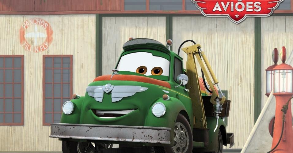 """Chug (voz de Brad Garrett) é o caminhão de combustível, bastante sociável. Ele trabalha arduamente como coproprietário do posto de serviço Fill ?n Fly, de Chug e Dottie. Ele tem uma grande personalidade e é um corajoso apoiador das empreitadas de Dusty nas alturas. Derivado de """"Carros"""", """"Aviões"""" da Disney deve estrear no Brasil no dia 13 de setembro em cópias 3D. O filme, porém, não tem a participação da Pixar."""