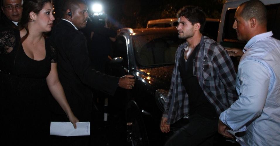 27.mar.2013 - André chega à festa de encerramento do