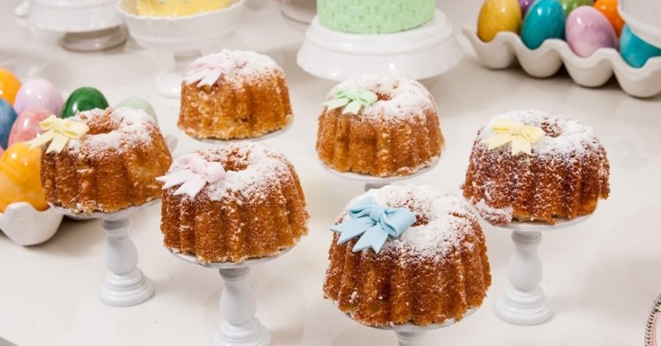 Mini bolo; na Marina Barreto Welcome Gifts (www.marinabarreto.com.br), por R$ 10 (unidade). Preço pesquisado em março de 2013 e sujeitos a alterações