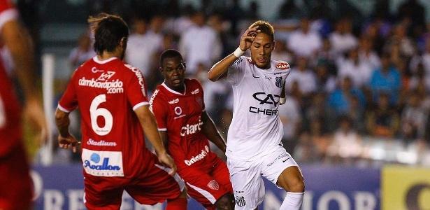 Neymar foi vaiado pela torcida após completar sexto jogo sem marcar um gol