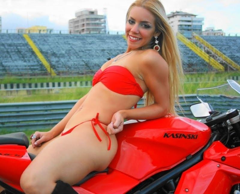 Jessica Benitez quer representar o Vasco no Belas da Torcida 2013