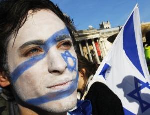 AFP PHOTO/Adrian Dennis: Confira 21 datas para entender os conflitos do Oriente M�dio