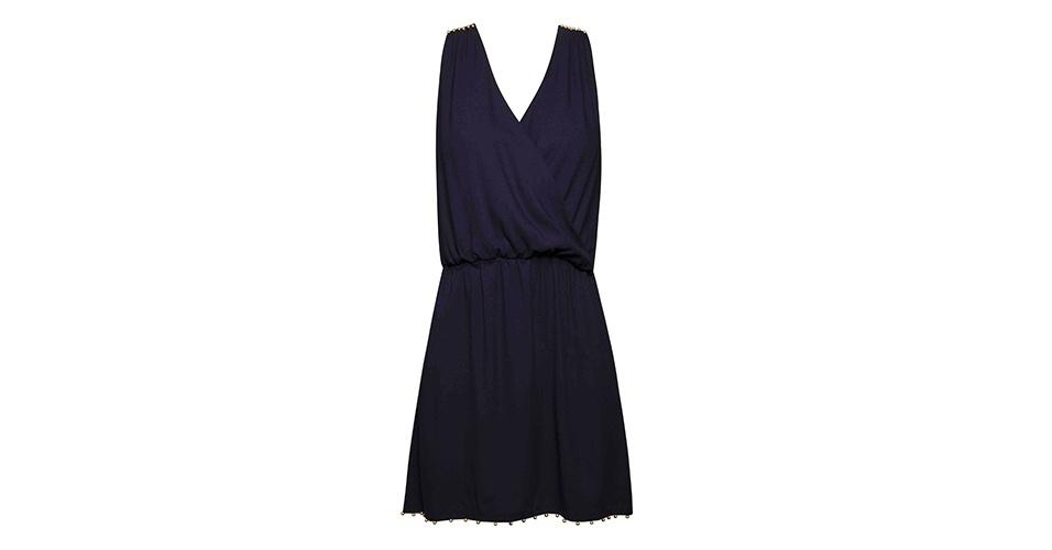 Vestido azul marinho com decote transpassado e elástico na cintura; R$ 298, na Shop 126 (www.shop126.com.br). Preço pesquisado em março de 2013 e sujeito a alterações