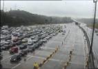 SP: Câmera da Ecovias mostra movimento na rodovia dos Imigrantes, sentido litoral, na praça de pedágio - Reprodução/Ecovias
