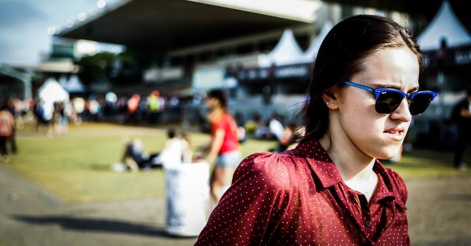 30.mar.2013: Óculos coloridos predominam entre os mais estilosos do festival