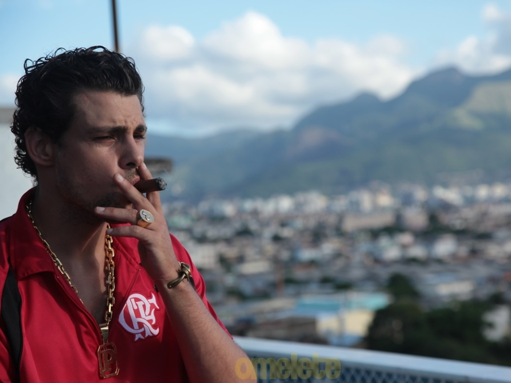 Cauã Reymond vive chefe do tráfico no filme