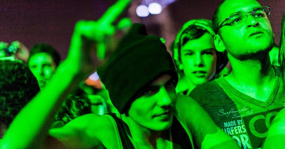 31.mar.2013 - Fãs assistem a show do Planet Hemp no Lollapaloooza