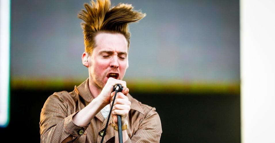 31.mar.2013 - Kaiser Chiefs se apresenta no palco Butantã no terceiro e último dia do Lollapalooza 2013